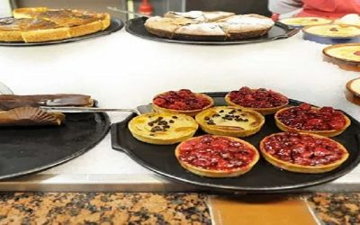 PATISSERIES AND CAKE DISPLAYS: PARIS AND ITS LOVE AFFAIR WITH CAFES